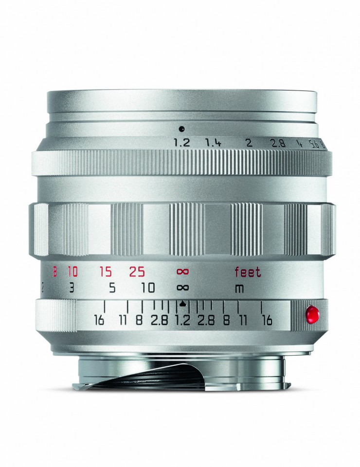 Leica Noctilux-M 1,2/50 ASPH. in Silber.