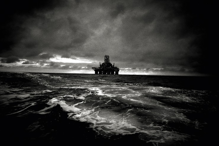 Troubled Waters von Andreas H. Bitesnich